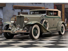 Auburn 8-101 Phaeton Sedan / Top Restaurier