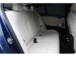 BMW 550 M550i xDrive Sedan Automaat
