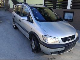 Opel Zafira 1.8 16v, 7 места
